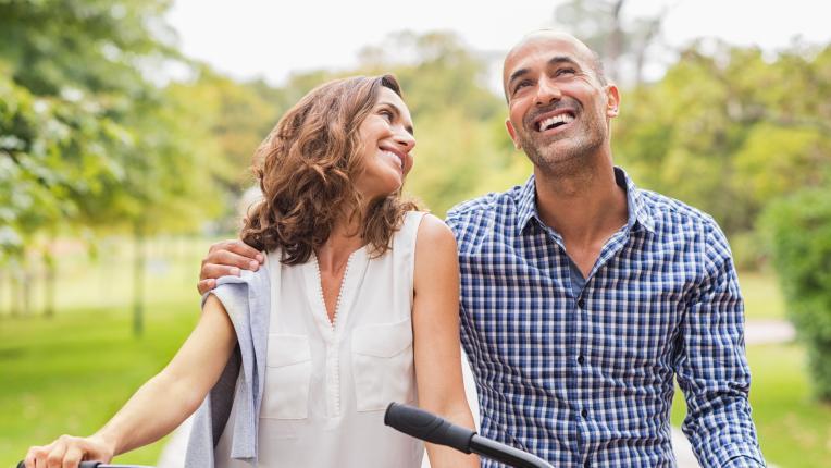 17 неща, които да обсъдиш с партньора си