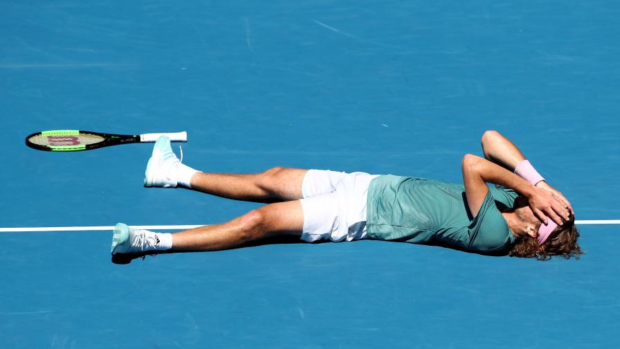 <p>Новото <strong>чудо</strong>&nbsp;на световния тенис</p>