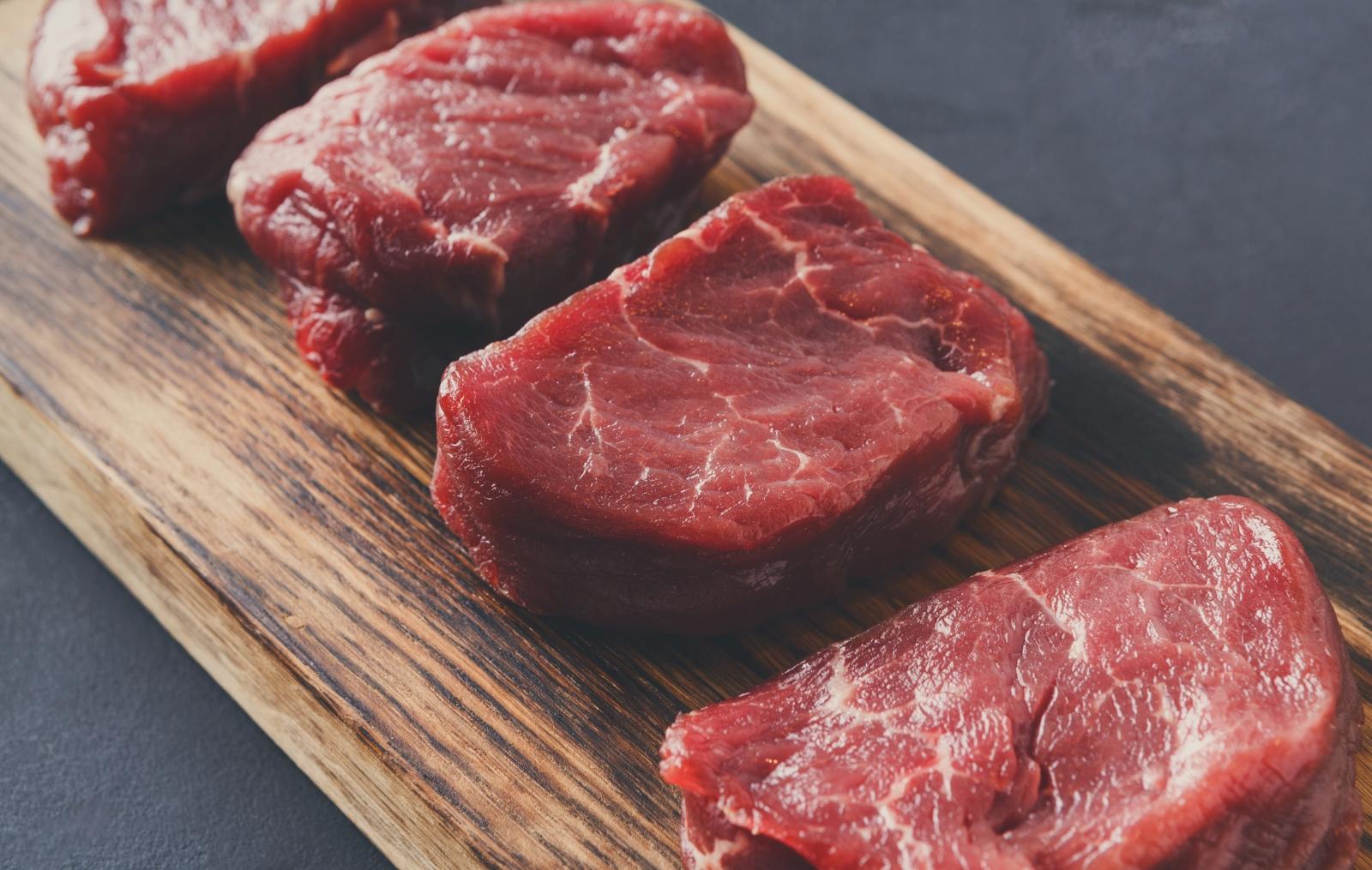 В северния начин на хранене се включва и месото. То обаче в никакъв случай не трябва да е тлъсто. Такива меса са заешко, телешко, говеждо