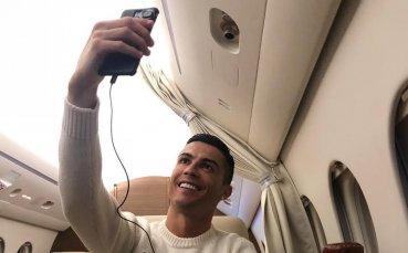 Никакво съчувствие: Роналдо вбеси футболния свят със селфи