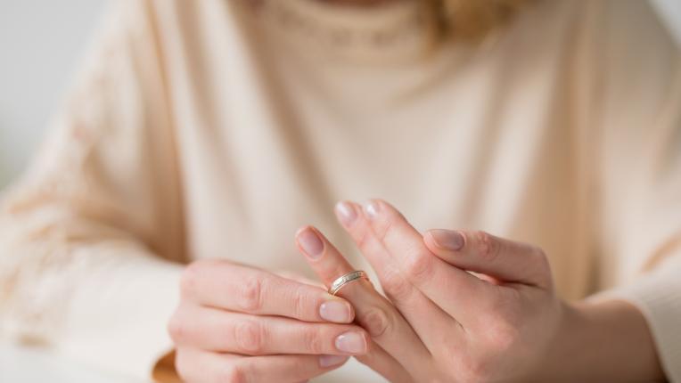 брачни халки сватба развод