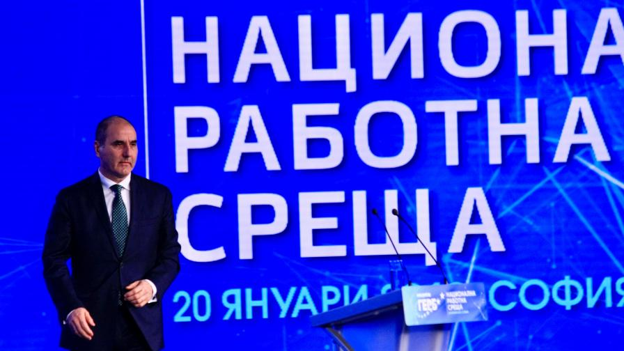 Цветанов информира Майк Помпео за F-16