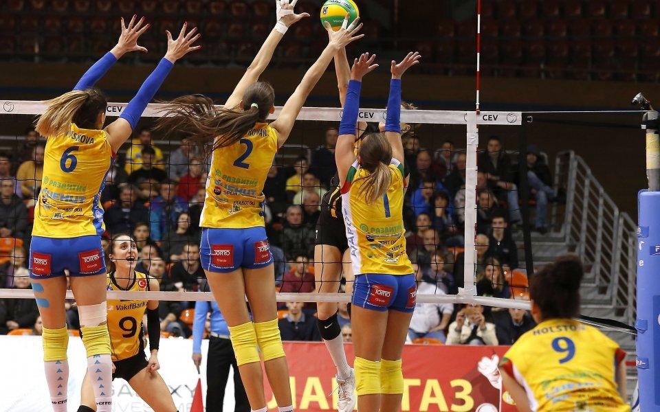 Шампионките от Марица Пловдивнадиграха домакините от Славия с 3:0 (25:14,