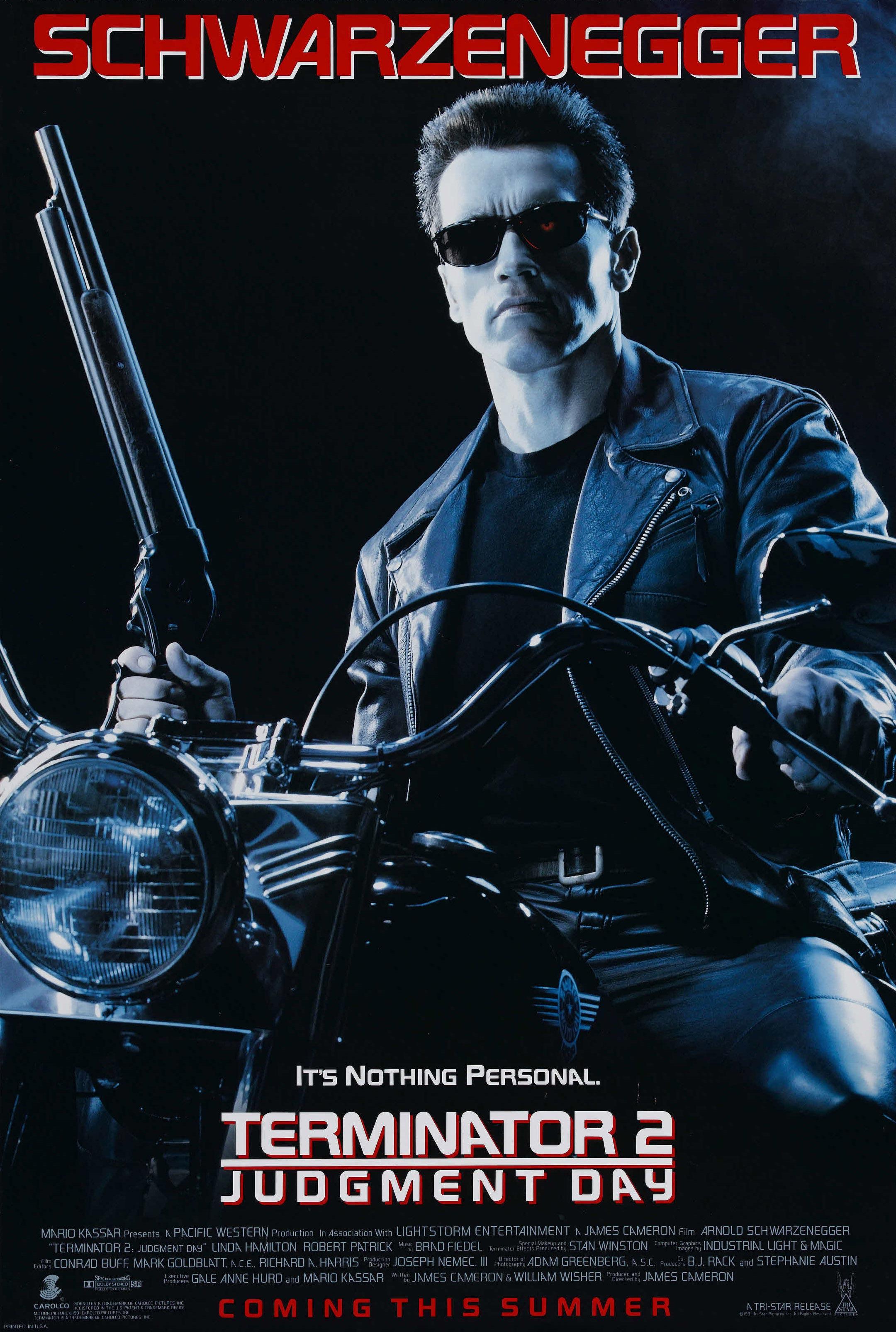 """Terminator 2: Judgment Day / """"Терминатор 2: Денят на Страшния съд"""" (1991) – Режисьор: Джеймс Камерън; Участват: Арнолд Шварценегер, Едуард Фърлонг, Робърт Патрик."""