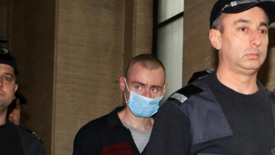 <p>Задържаният за убийството от Нови Искър отива на лечение</p>