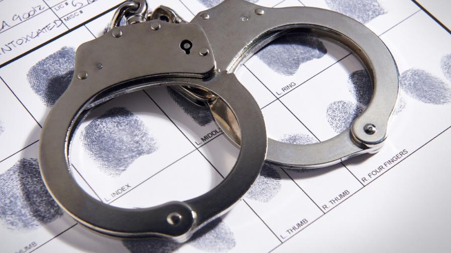 <p>Двама задържани за погрома в столично заведение</p>