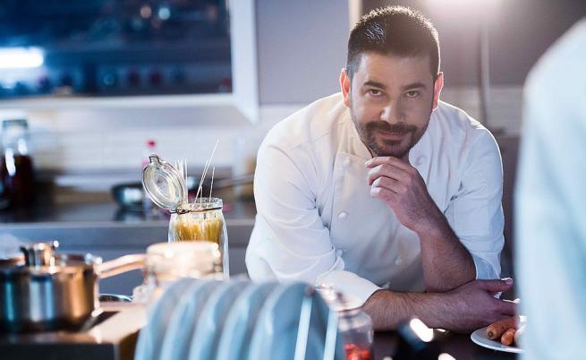 Шеф Виктор Ангелов: Победителят в Hell's Kitchen трябва да е индивидуалист, но и силен отборен играч