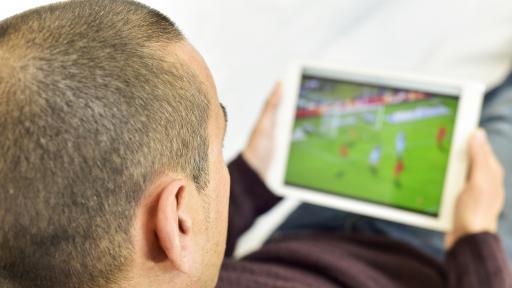 Единственото активно клубно футболно първенство в Европа в каналите на DIEMA EXTRA