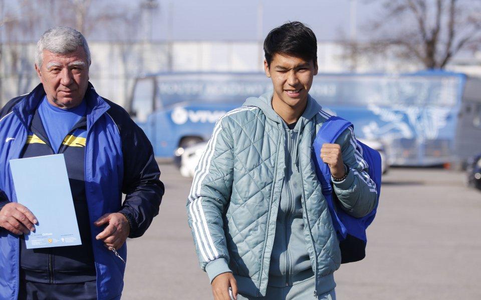 Казахстанският Меси от Левски с повиквателна за родината си