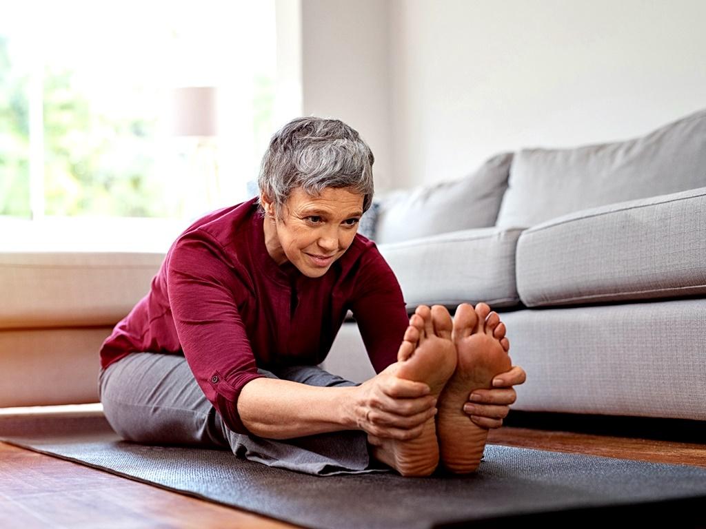 """Упражнения за мускулите на тазовата диафрагма<br /> Тези упражнения не подобряват физическата ни форма като цяло, но са от изключително значение за нас с годините и не трябва да ги пропускаме. Мускулите на тазовата диафрагма са мускулите в долната част на корема, които държат <a href=""""https://www.zanzu.be/bg/речник/пикочен-мехур"""">пикочния мехур</a>, вътрешностите и <a href=""""https://www.zanzu.be/bg/речник/матка"""">матката</a> (при жените) на правилното място и не позволяват на <a href=""""https://www.zanzu.be/bg/речник/урина"""">урината</a> и <a href=""""https://www.zanzu.be/bg/речник/изпражнения"""">изпражненията</a> да се освобождават без контрол от тялото. В интернет има редица прости упражнения за тези толкова важни мускули - не ги пропускайте!"""