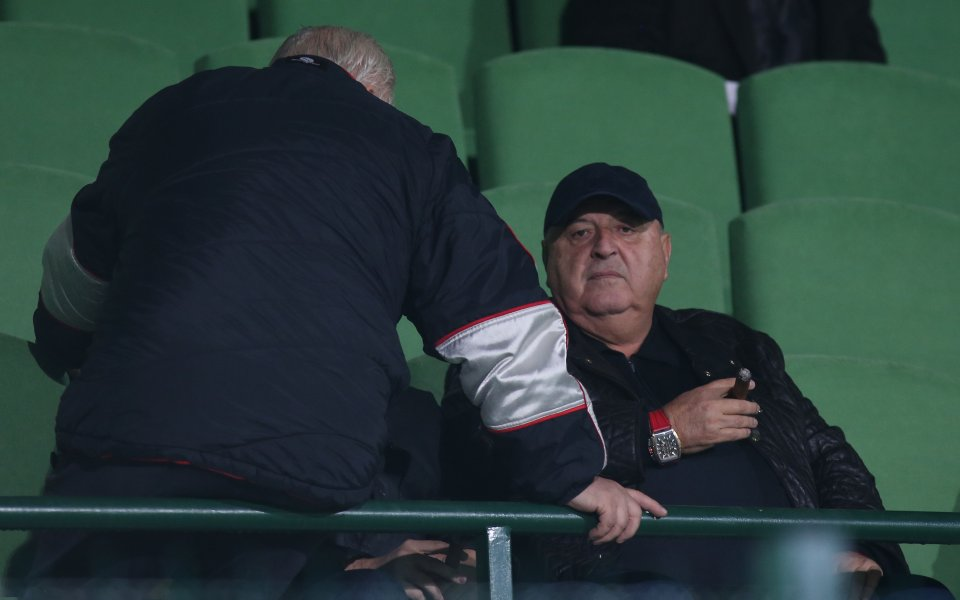 Венци Стефанов: Илиан Илиев да кандидатства за националния отбор, ще опищи България
