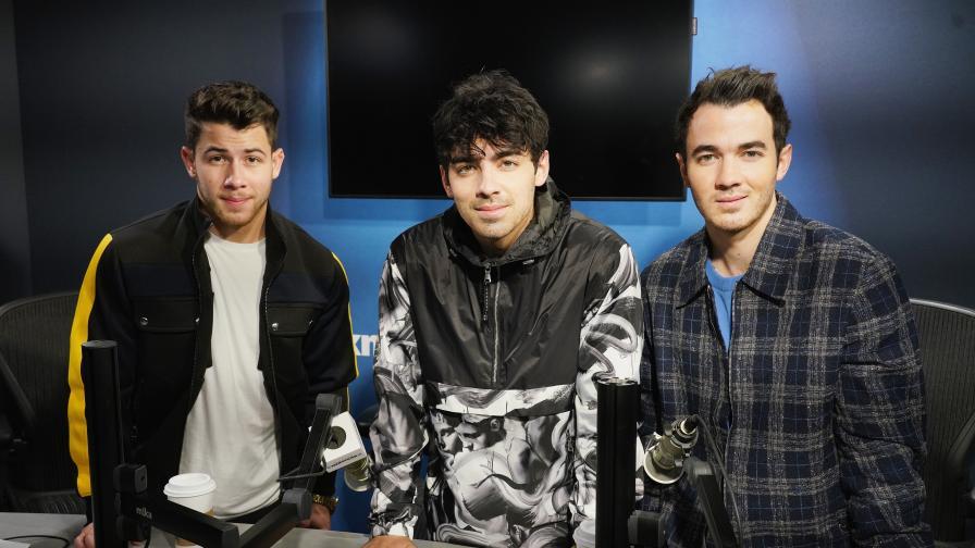 """<p><span style=""""color:#ffbc00;""""><strong>Братята от Jonas Brothers</strong></span> се завръщат с нов сингъл и документален филм</p>"""