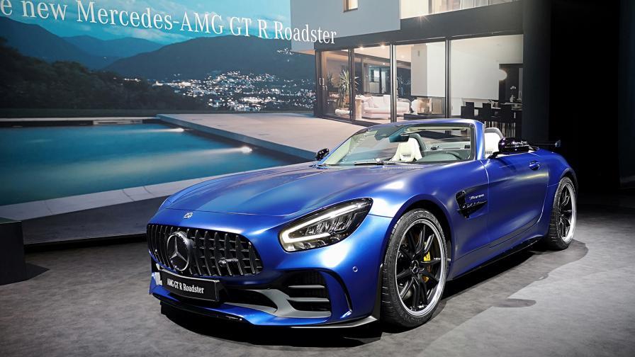 <p>Mercedes свали покрива на хардкор купето AMG GT R</p>