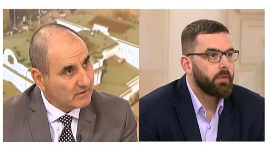 На снимката: Цветан Цветанов, вляво, Стоян Мирчев, вдясно.