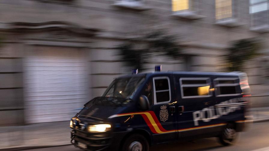 Румънските власти хванаха български микробус, пълен с допинг