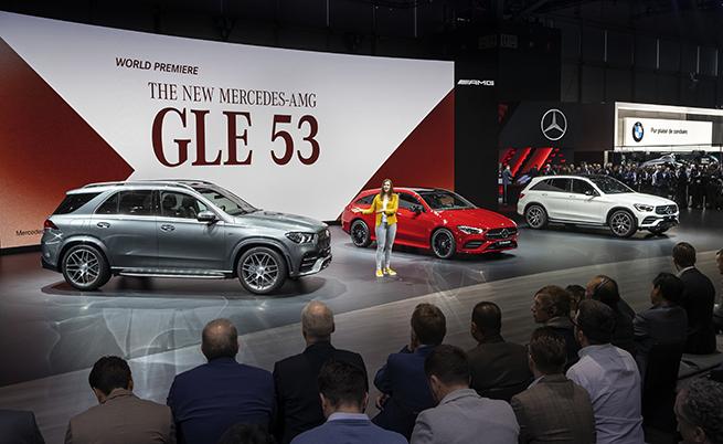 На тази сничка няма електрифициран модел, което потвърждава ангажимента на Daimler към ДВГ. Само в новата дизелова технология на Mercedes са вложени около 3 млрд. евро през последните три години.