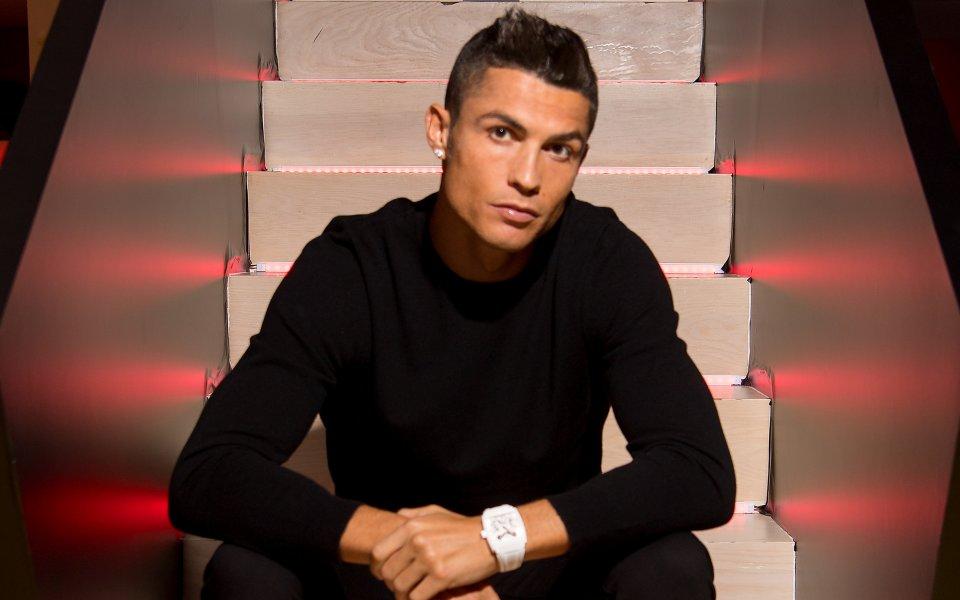 Кристиано Роналдо е най-популярната личност в социалните мрежи с нас
