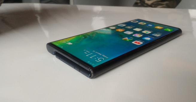 Технологии Китайските производители на смартфони превземат пазара Техният дял става