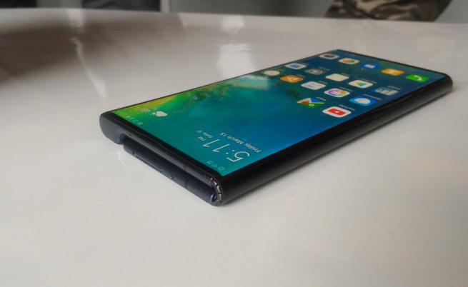 Китайските производители на смартфони превземат пазара