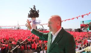 """<p>Ердоган обеща да връща<strong> """"в ковчези"""" </strong>нападателите на Турция</p>"""