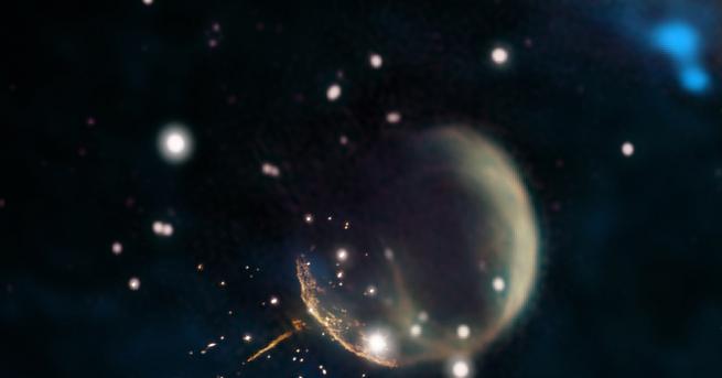Снимка: Астрономи откриха планета като никоя друга досега