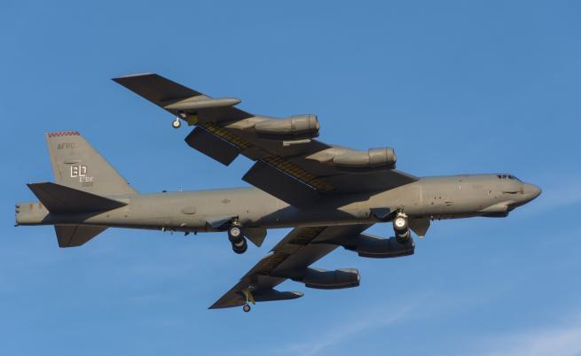 САЩ разположи ядрени бомбардировачи в Европа