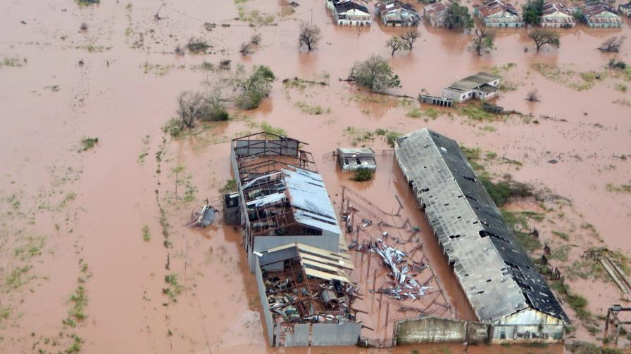 Циклонът Идай в Мозамбик