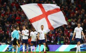 Англия разпарчетоса Чехия и показа какво чака групата на България
