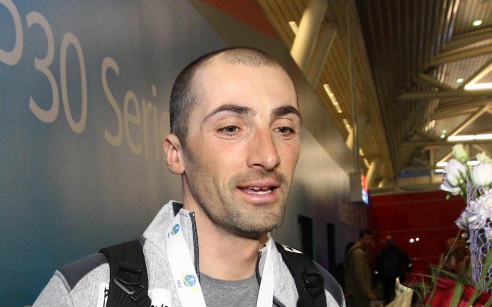 Битката в биатлона започна - Владимир Илиев с престижен старт