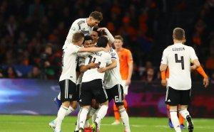 Отмъщение по немски смрази Амстердам в мача-бижу