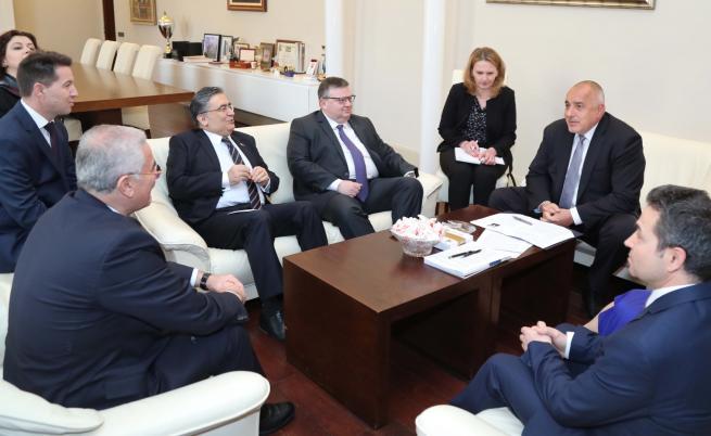 Срещата между Бойко Борисов и Мехмет Акарджа