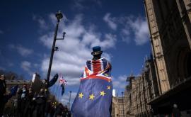 <p>Ултиматум от ЕС: Лондон трябва да плати, с или без сделка</p>