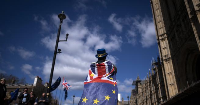 Свят Ултиматум от ЕС: Лондон трябва да плати, с или