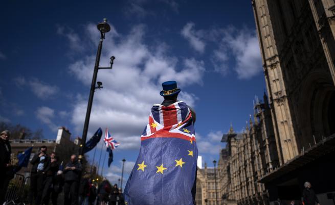 Ултиматум от ЕС: Лондон трябва да плати, с или без сделка