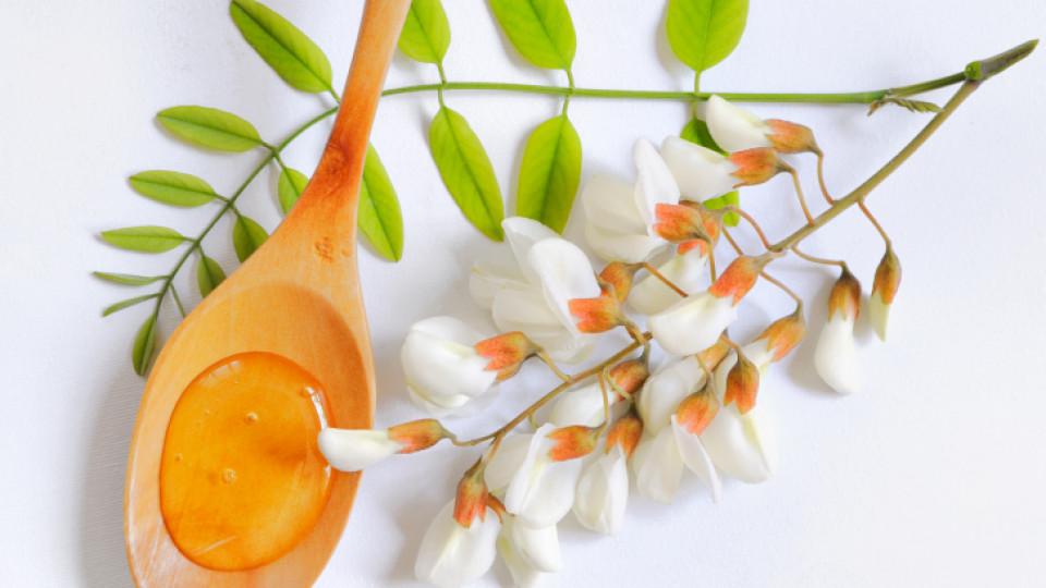 Акациев мед за здрава кожа