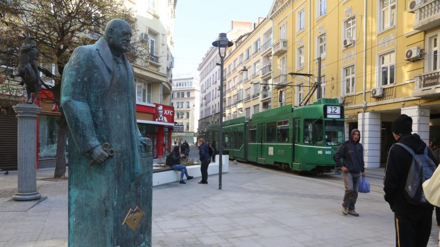 <p>Паметник на&nbsp;Борисов в София, премиерът го показа</p>