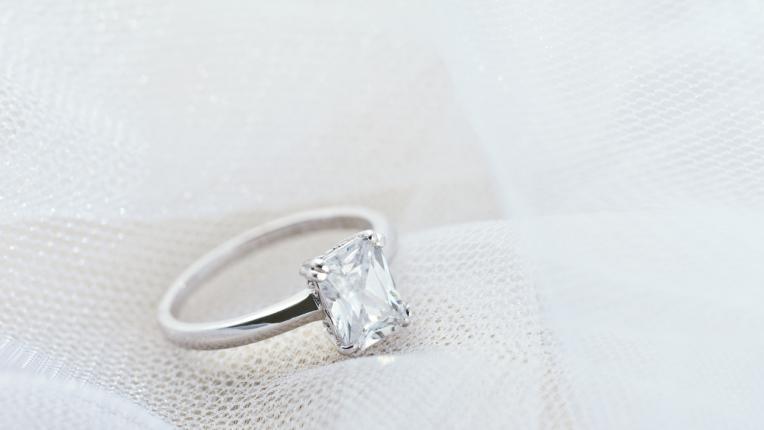 Годежен пръстен според зодията