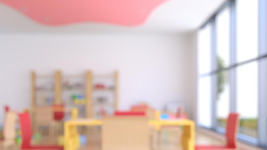23 деца отровени в Китай, задържаха учител