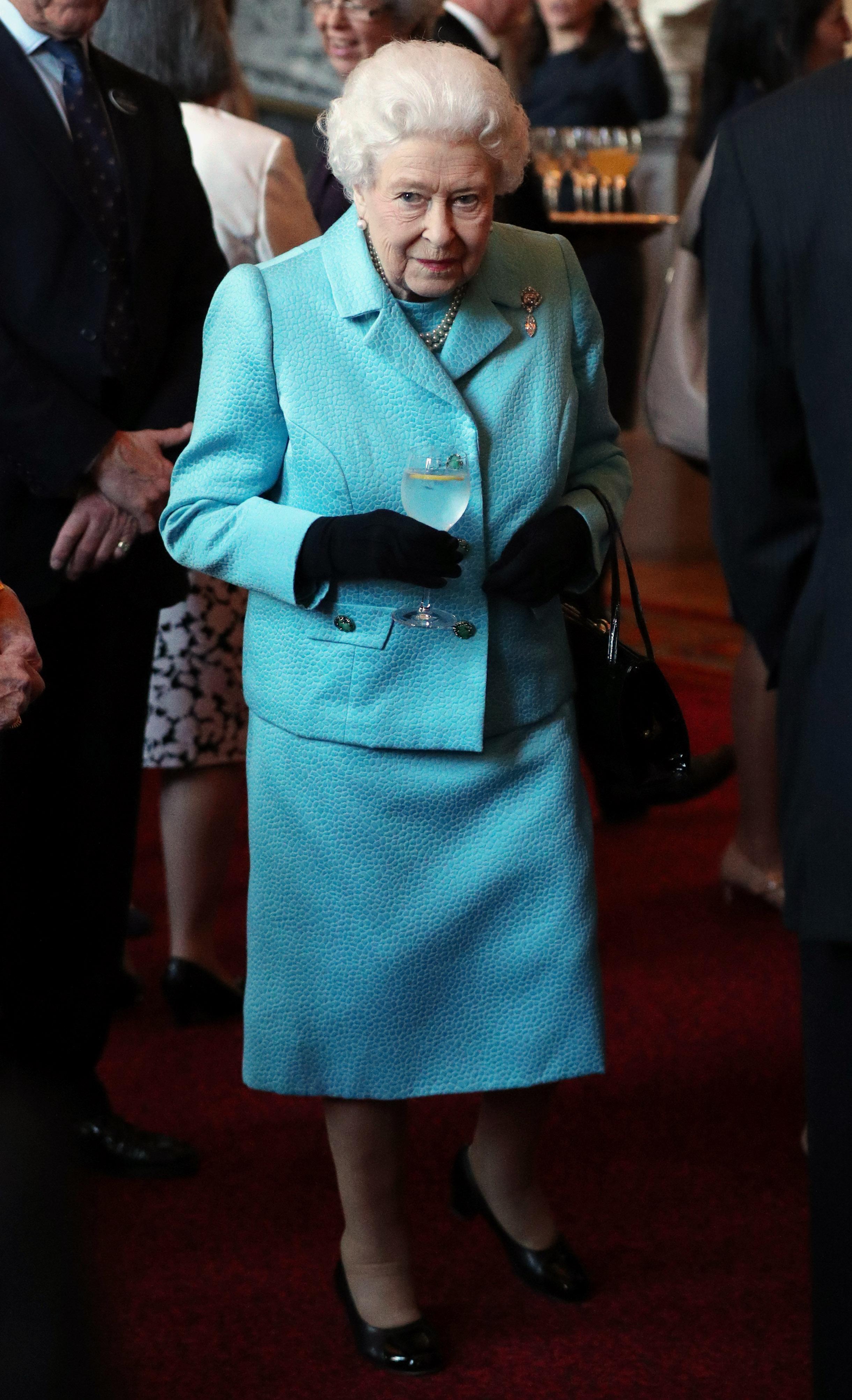 Кралица Елизабет II - 92
