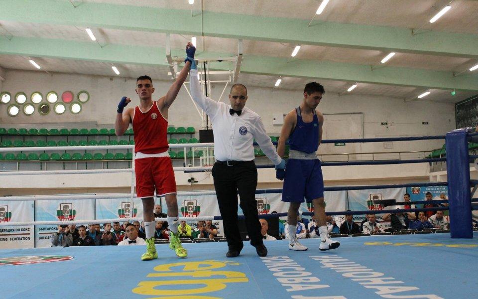 България има четирима шампиони от силния боксов турнир за юноши