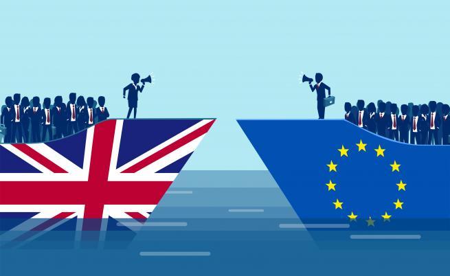 При Брекзит без сделка: С визи ли ще пътуваме, какво ще стане с българите там