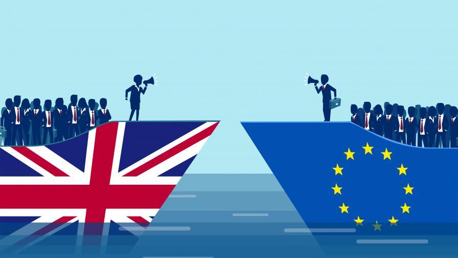 <p>Лондон спира&nbsp;незабавно свободното движение на хора при Брекзит без сделка</p>