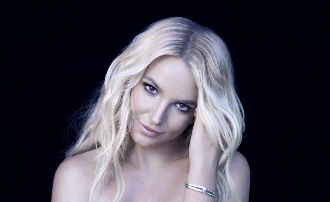 Бритни Спиърс влезе в психиатрична клиника, взима си почивка от музиката