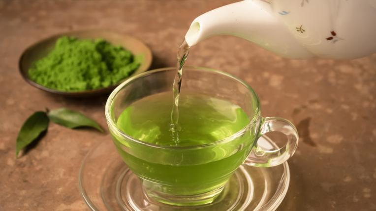 4 мита за зеления чай, които развенчахме
