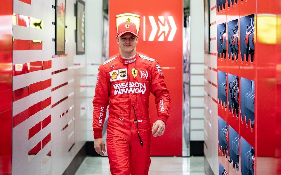 Първа победа за Мик Шумахер във Формула 2