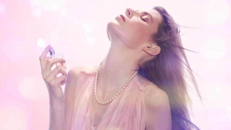 аромат усещане жена парфюм