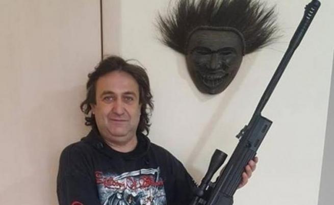 Мъжът, заплашил Борисов, е в болница с тежки изгаряния