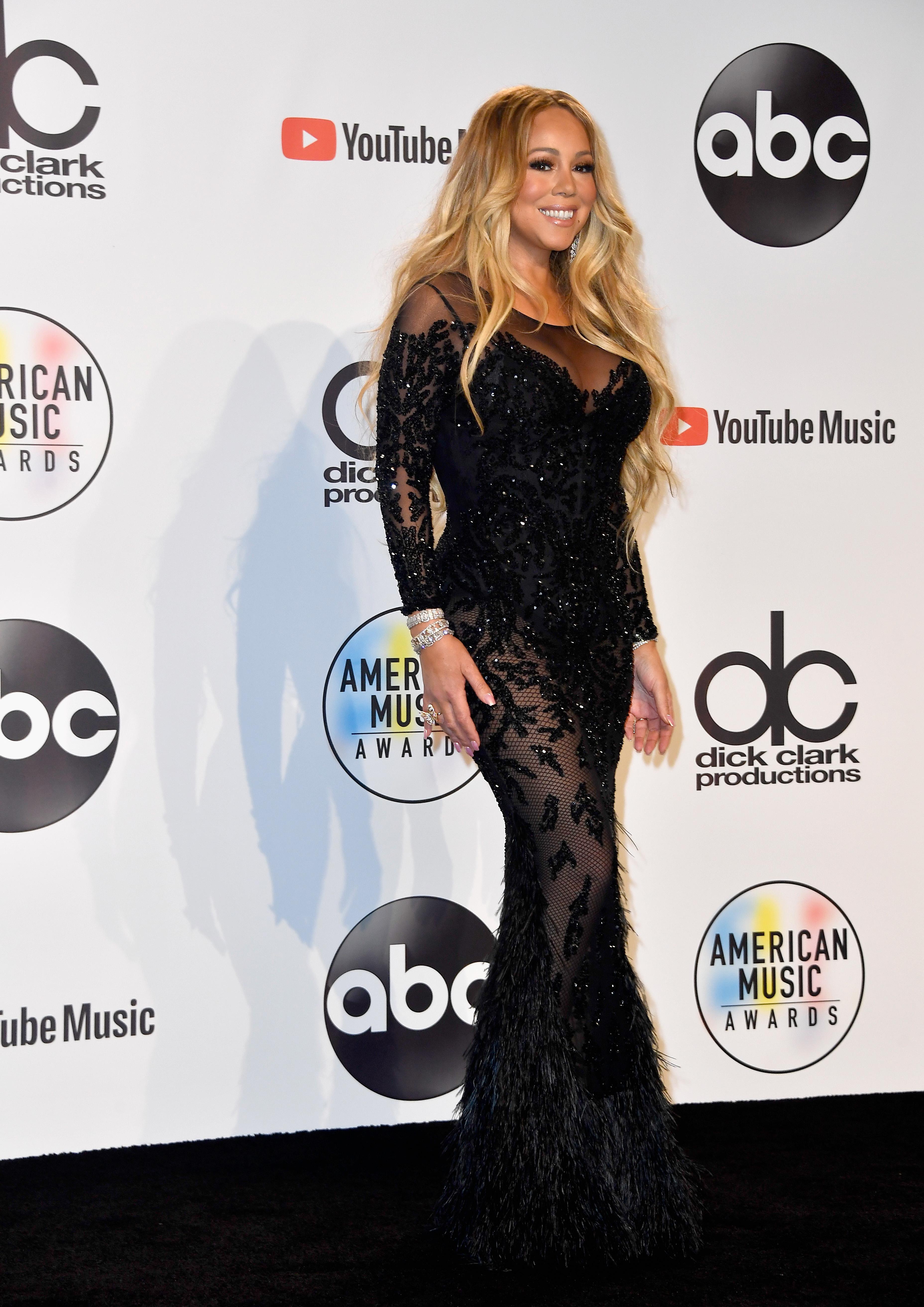 """Певицата Марая Кери ще бъде почетена като """"Икона"""" на музикалните награди на """"Билборд""""."""