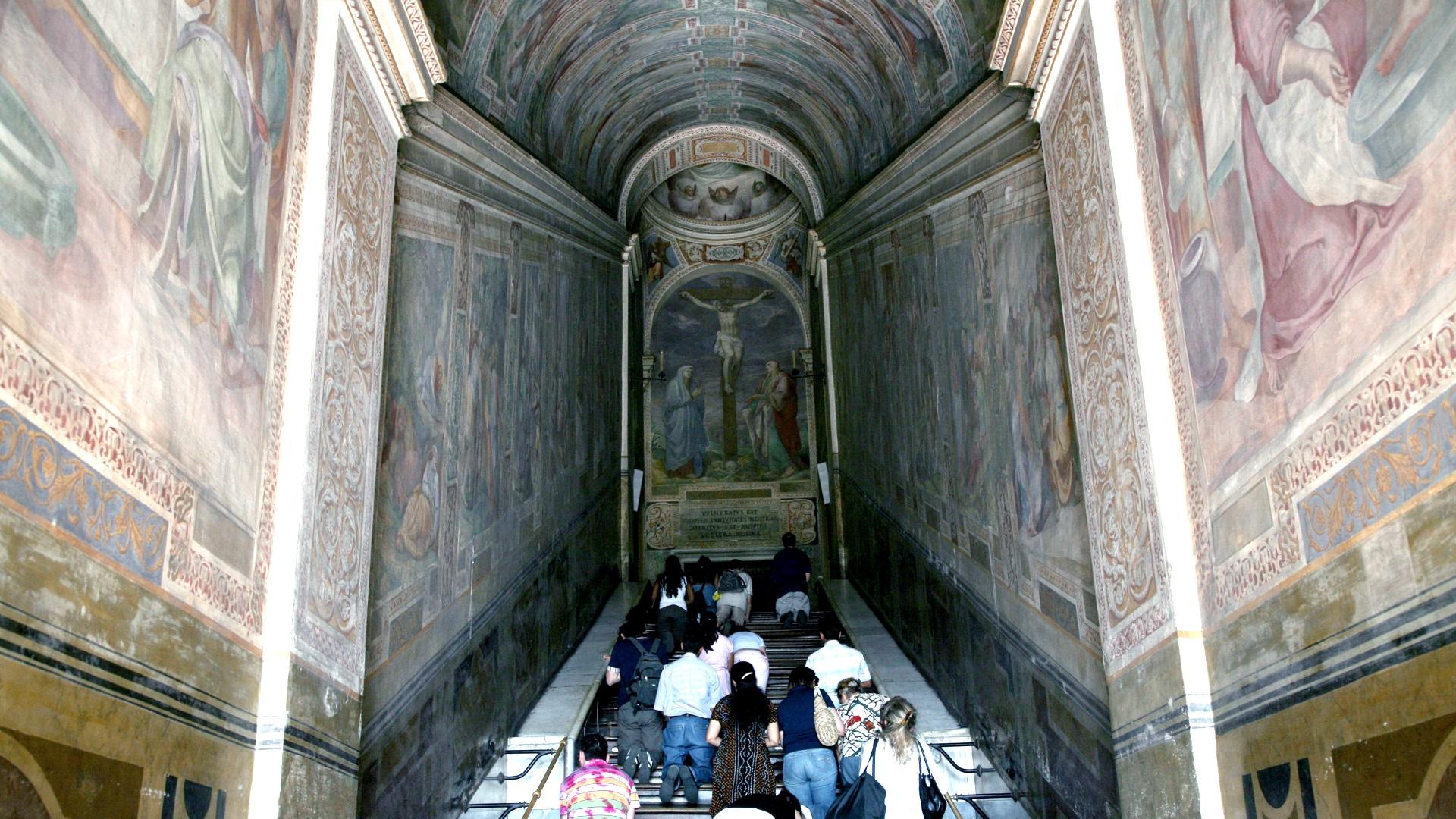 Никой все още не знае дали Светите стъпала, които са били пренесени в Рим, наистина са били същите като тези в Ерусалим отпреди две хилядолетия. Но с напредването на науката вярващите се надяват този факт да бъде установен.