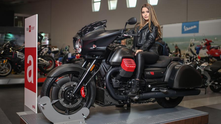 Сексапилната страна на Moto Expo 2019